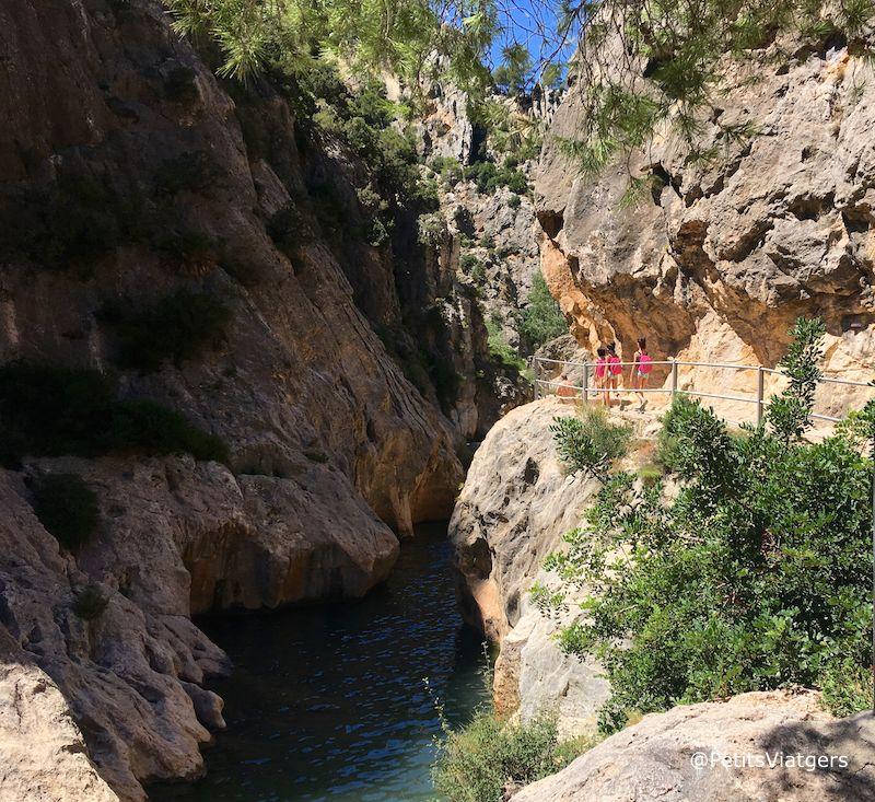 Piscines naturals a tarragona la fontcalda petits viatgers for Piscines naturals catalunya